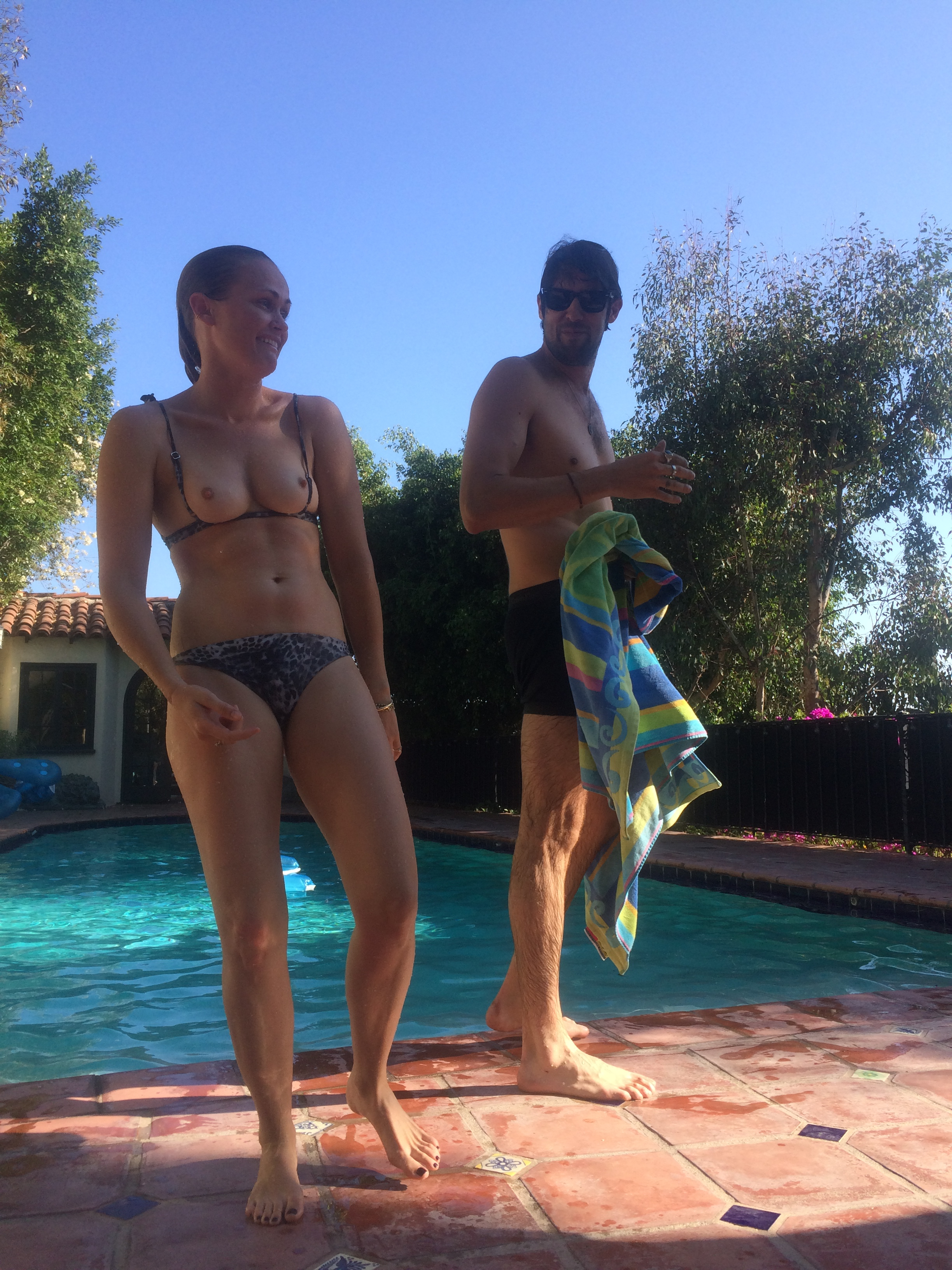 Addison Timlin desnuda 2