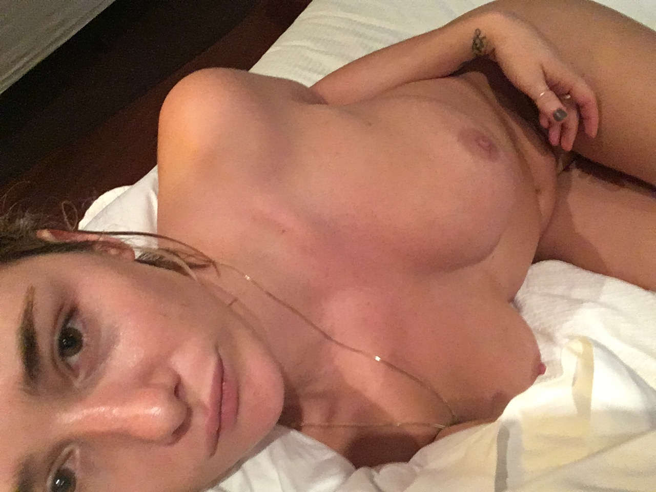 Addison Timlin desnuda porno 4