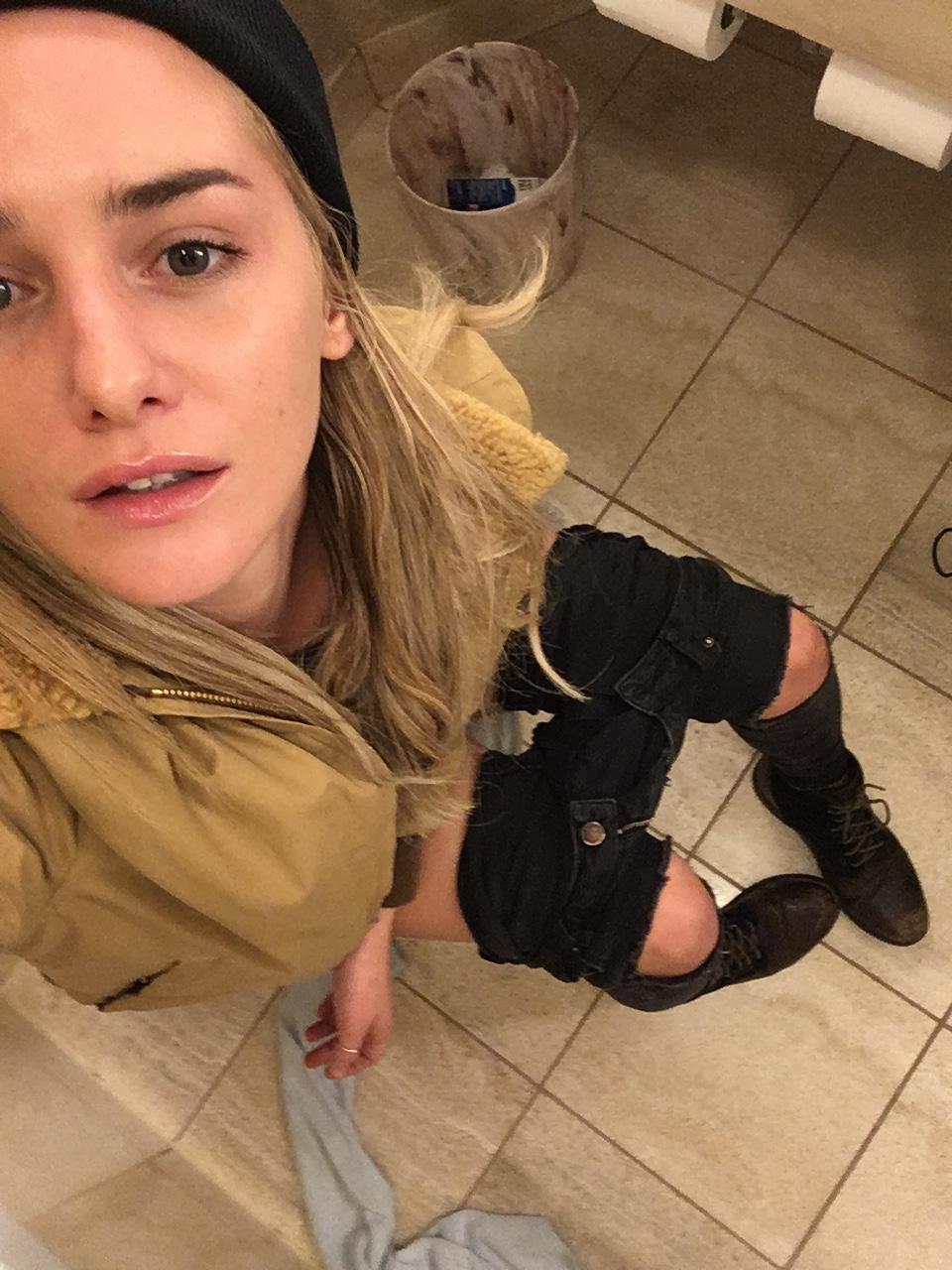 Addison Timlin desnuda sin censura 3