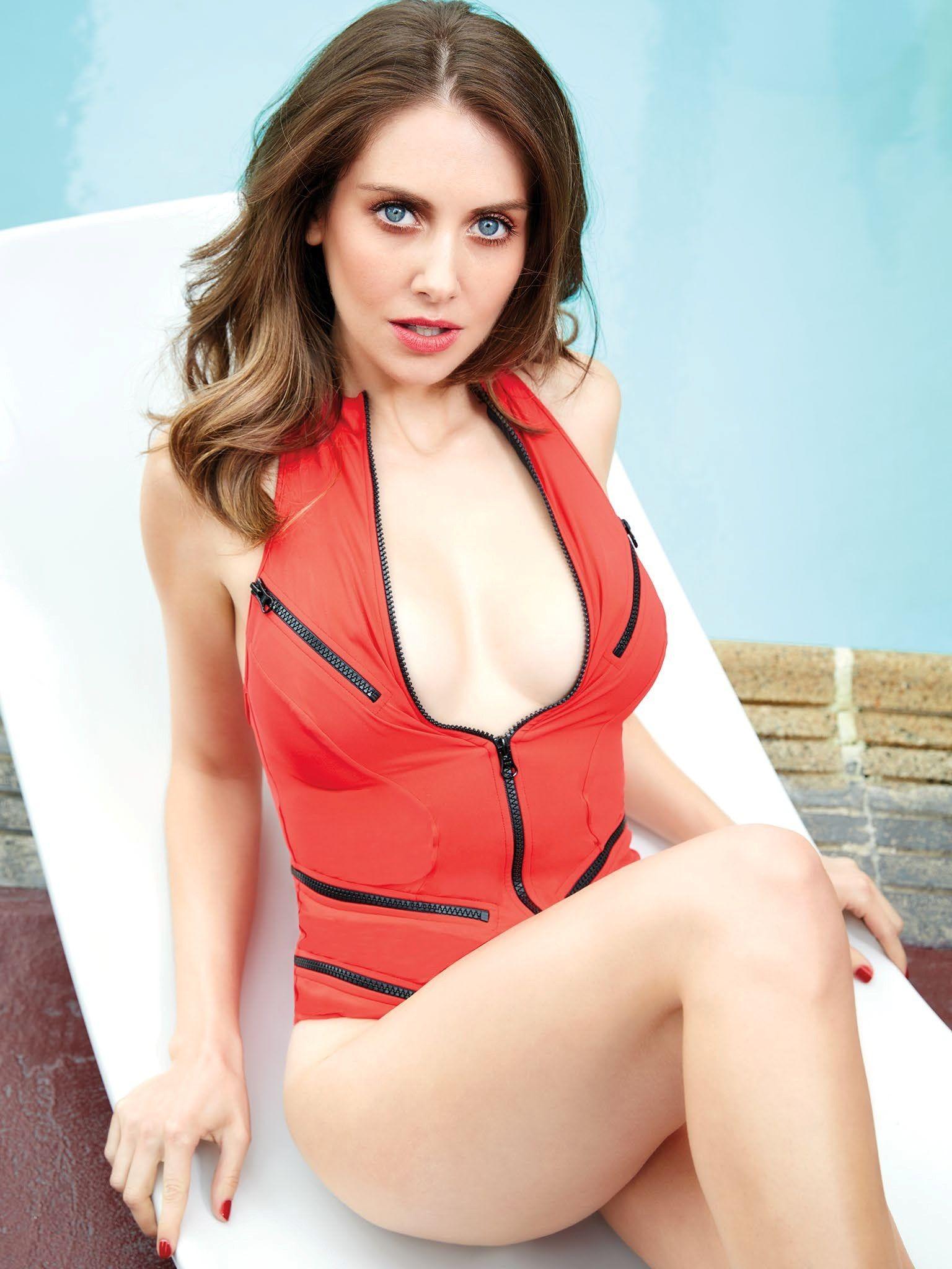 Alison Brie desnuda coño 4