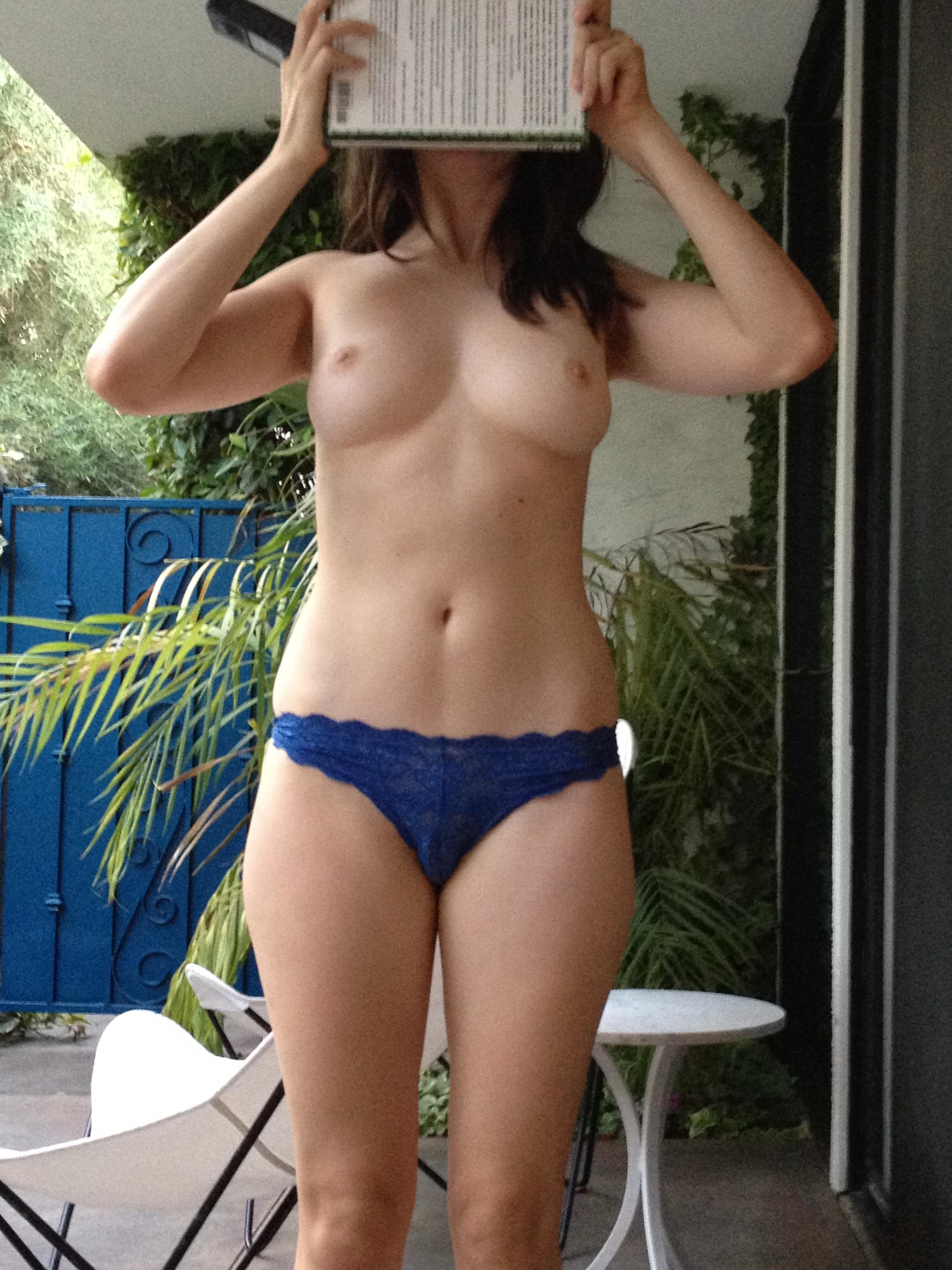 Alison Brie fotos filtradas desnuda 2