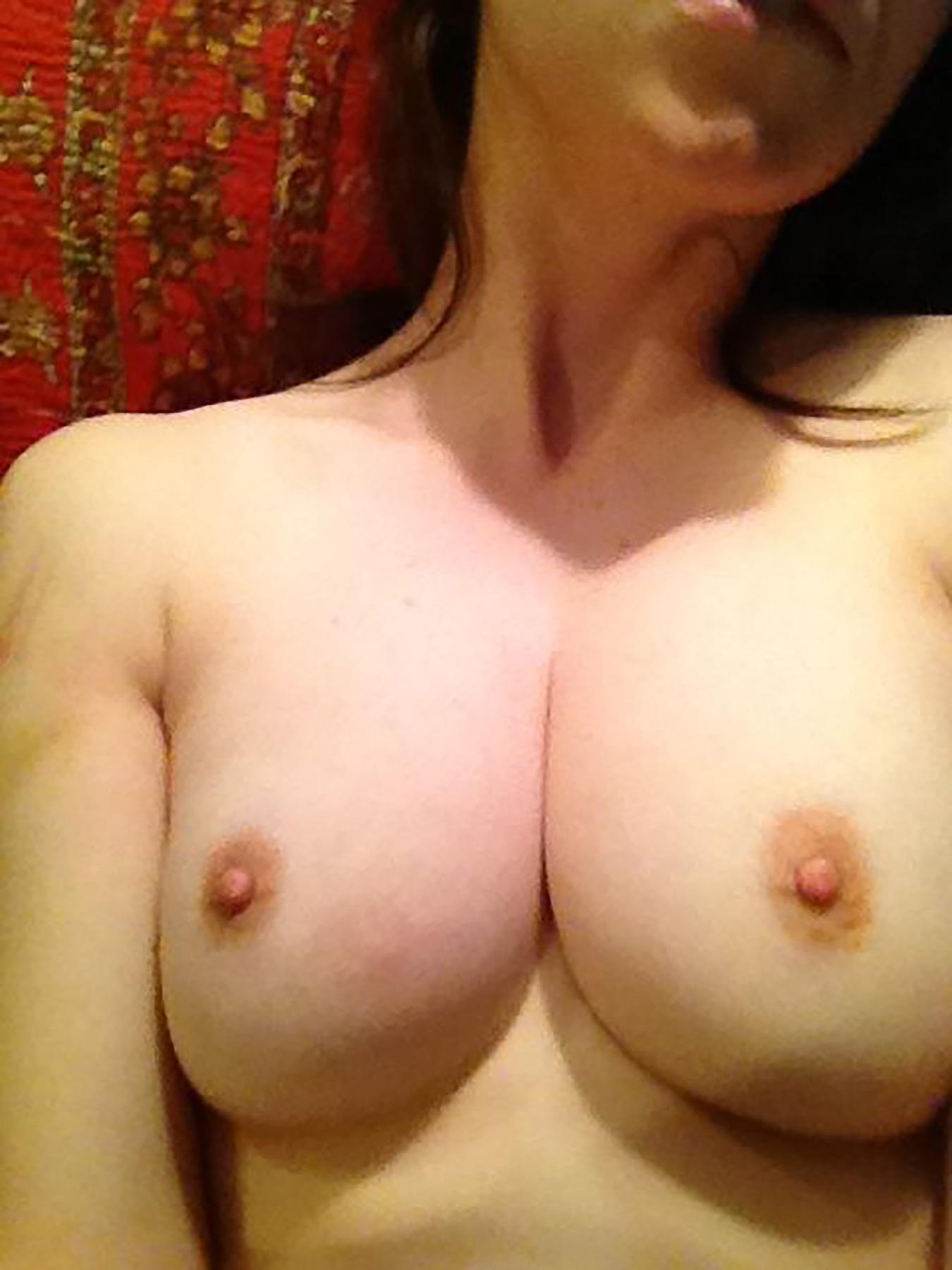 Alison Brie porno 3