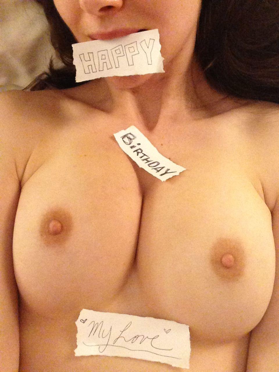 Alison Brie porno 4