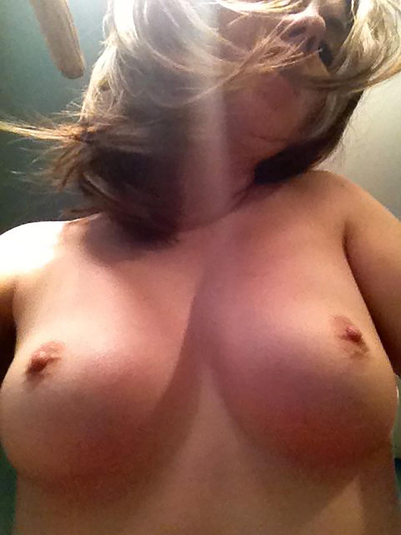 Alison Brie videos desnuda 2