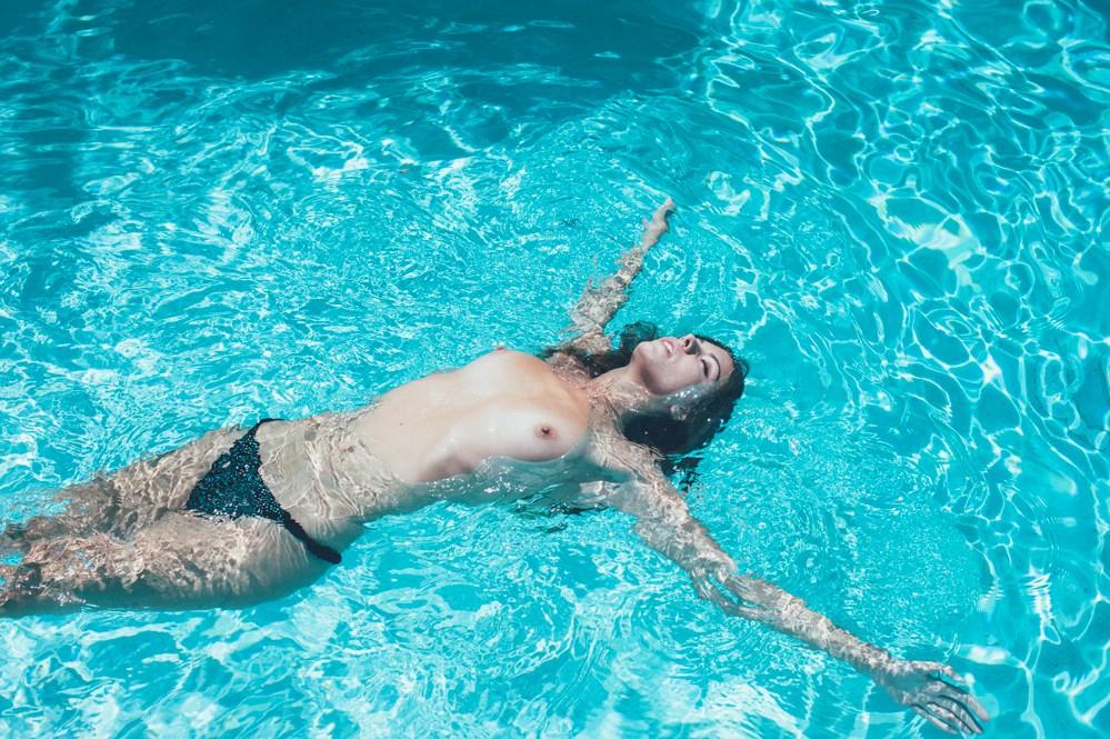 Carmella Rose desnuda follando 1