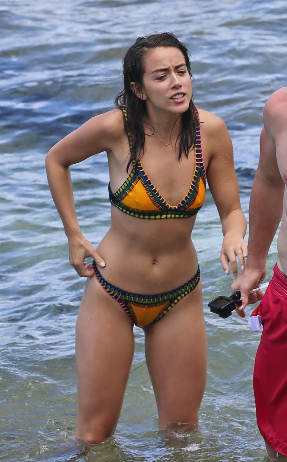 Nuevo Chloe Bennet Desnuda Filtró Fotos