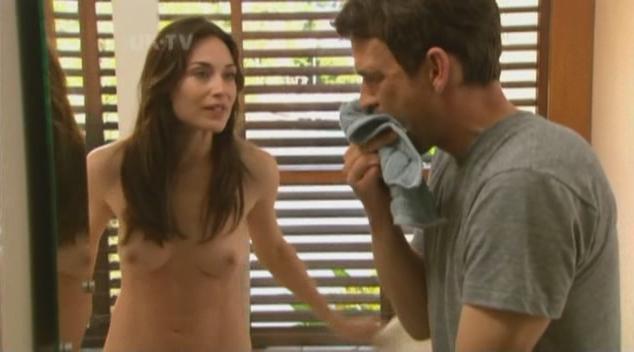 Claire Forlani imagenes desnuda 1
