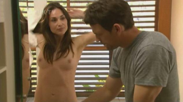 Claire Forlani pillada desnuda 1