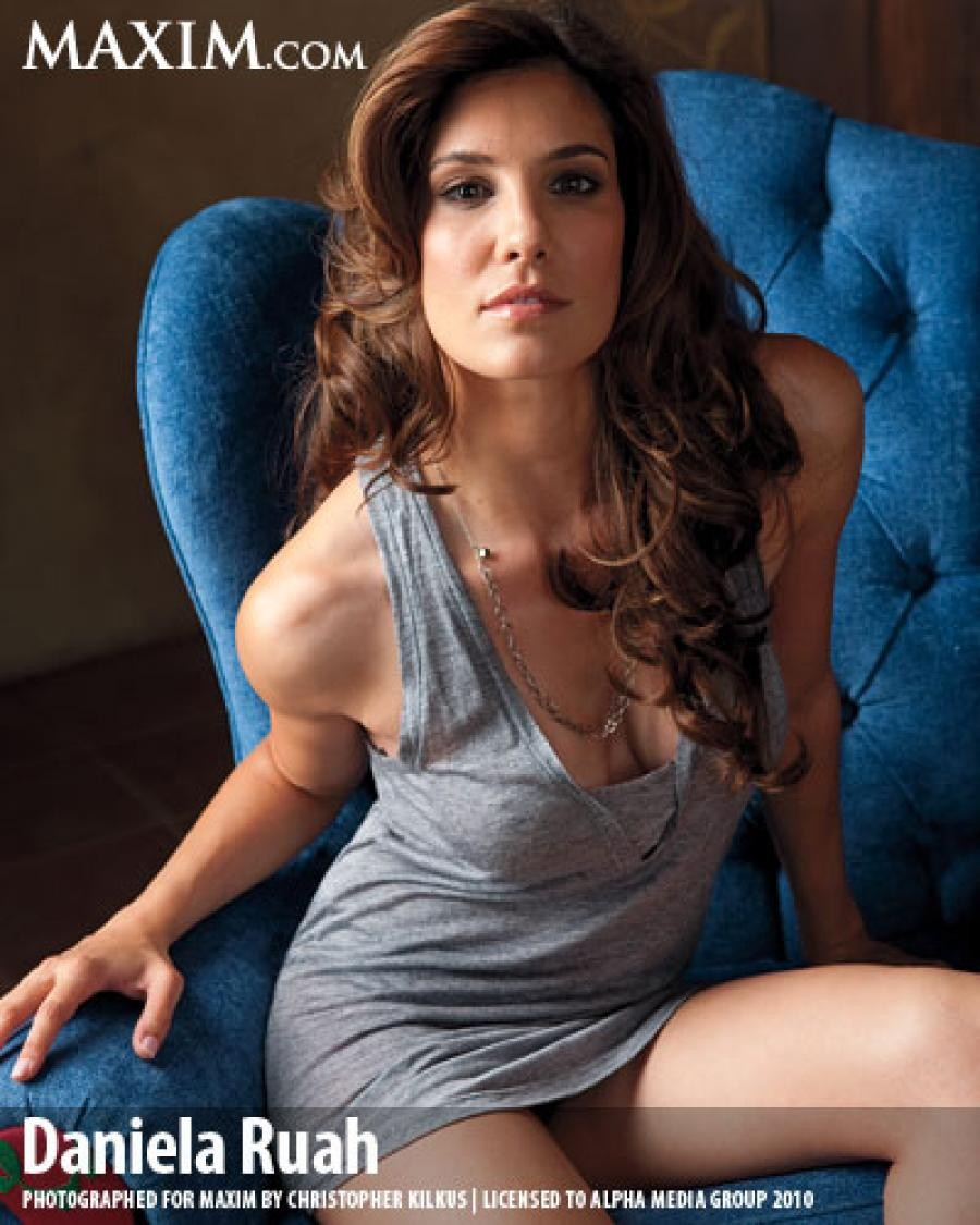 Daniela Ruah desnuda
