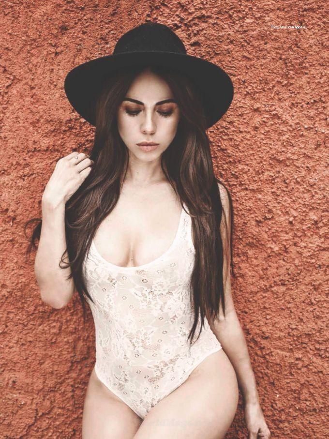 Jimena Sanchez desnuda follando 2