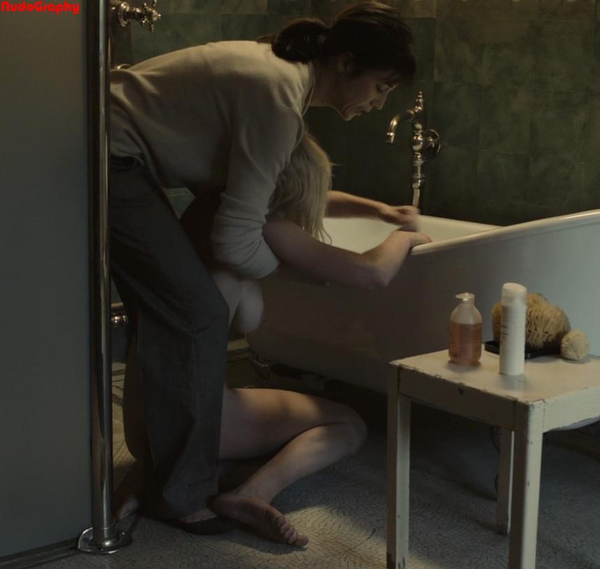 Kirsten Dunst desnuda coño