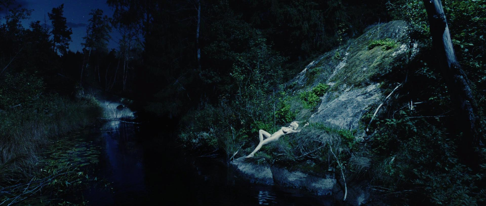 Kirsten Dunst desnuda porno