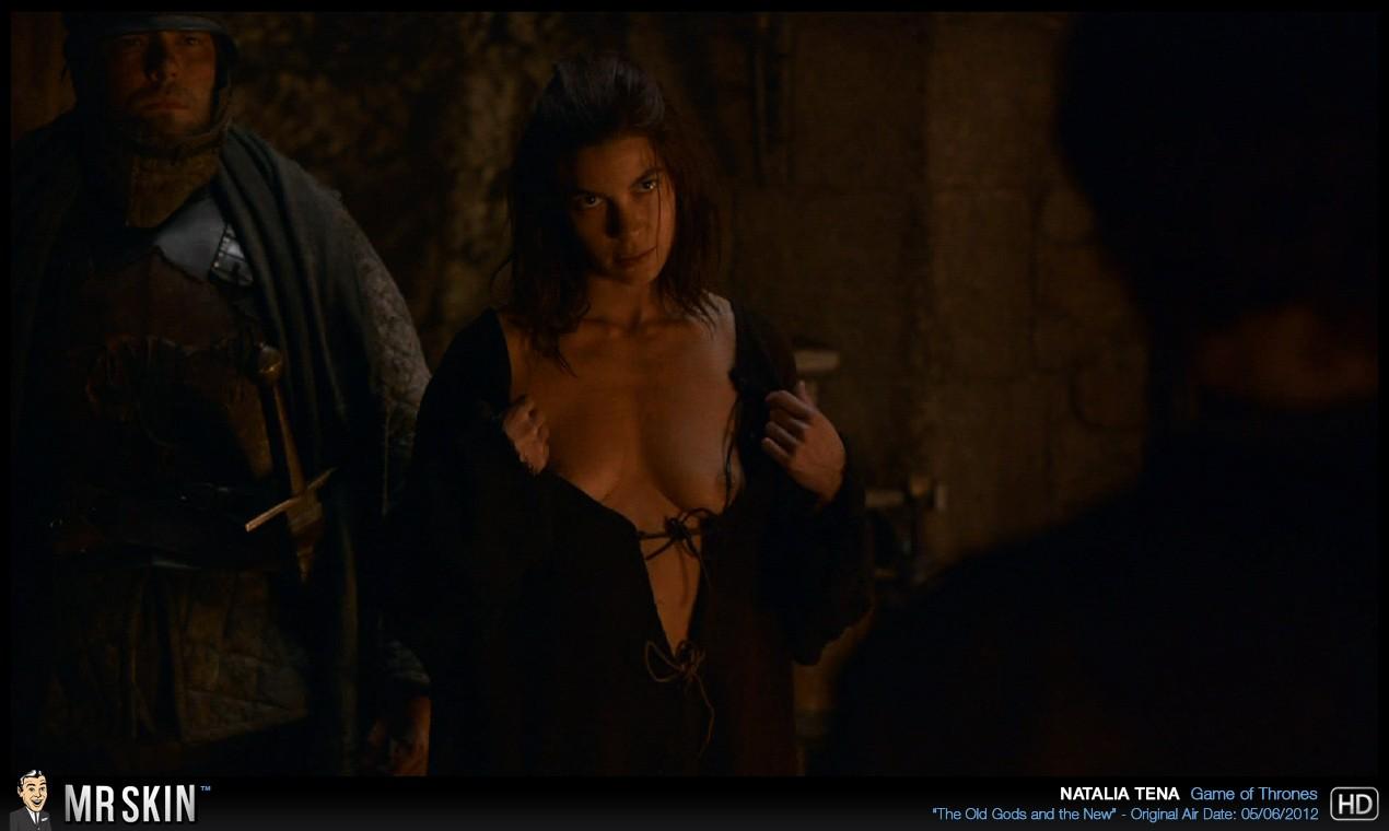 Natalia Tena desnuda porno