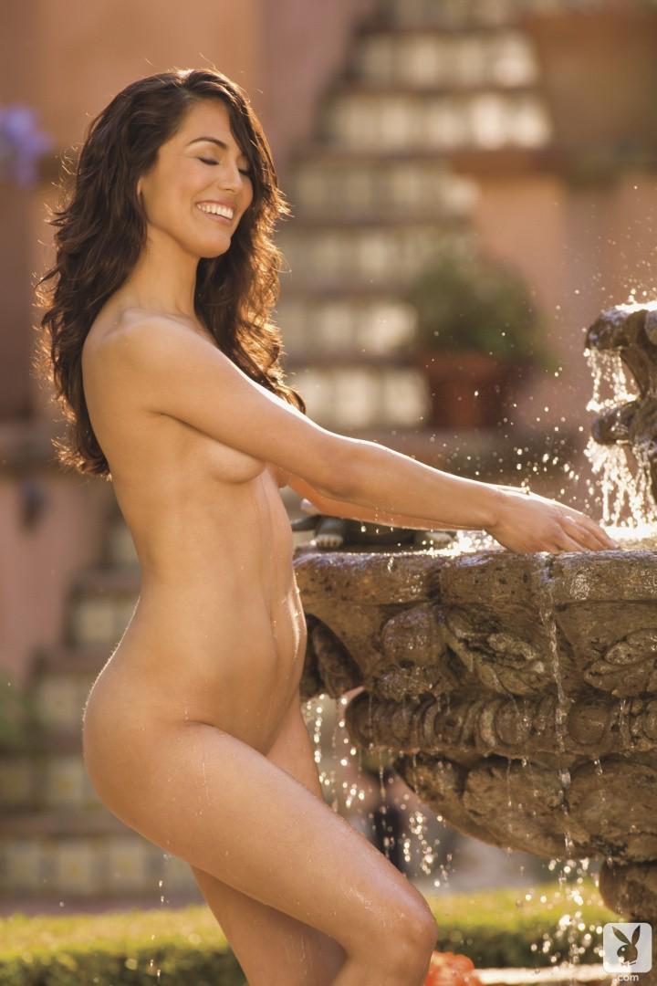 Raquel Pomplun imagenes desnuda 2