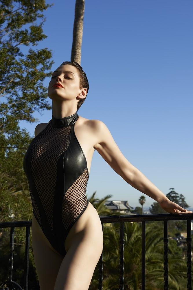 Rose McGowan xxx 1
