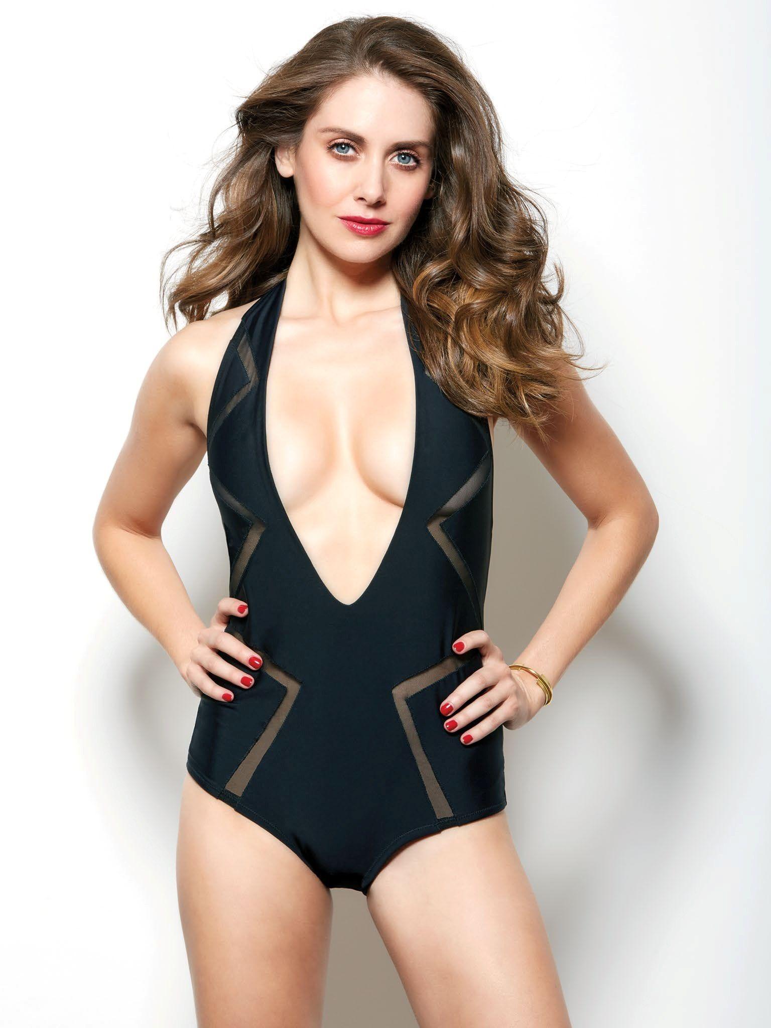 desnuda Alison Brie 3