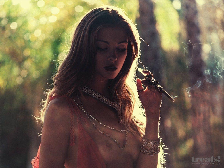 desnuda Carmella Rose 1