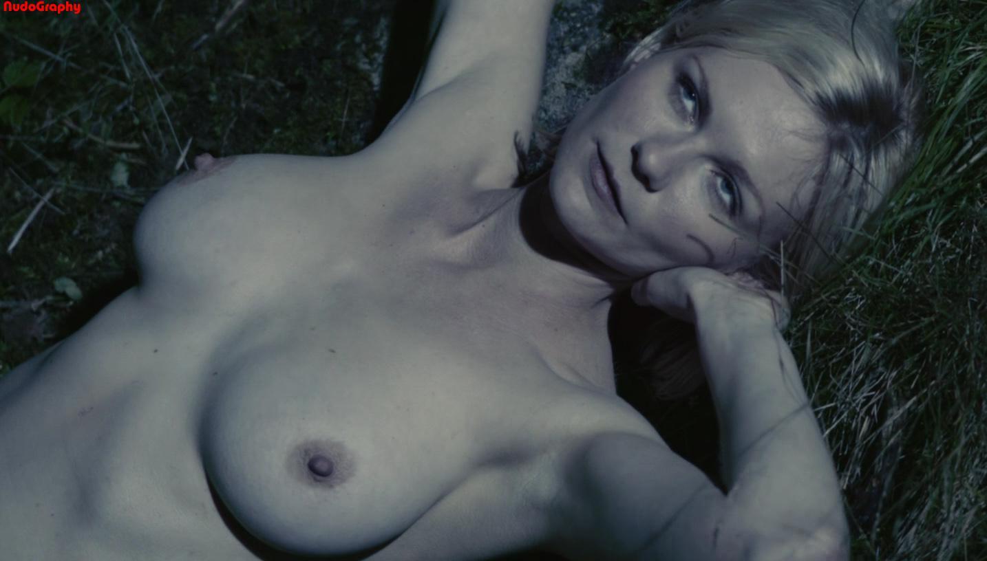 fotos de Kirsten Dunst desnuda 2