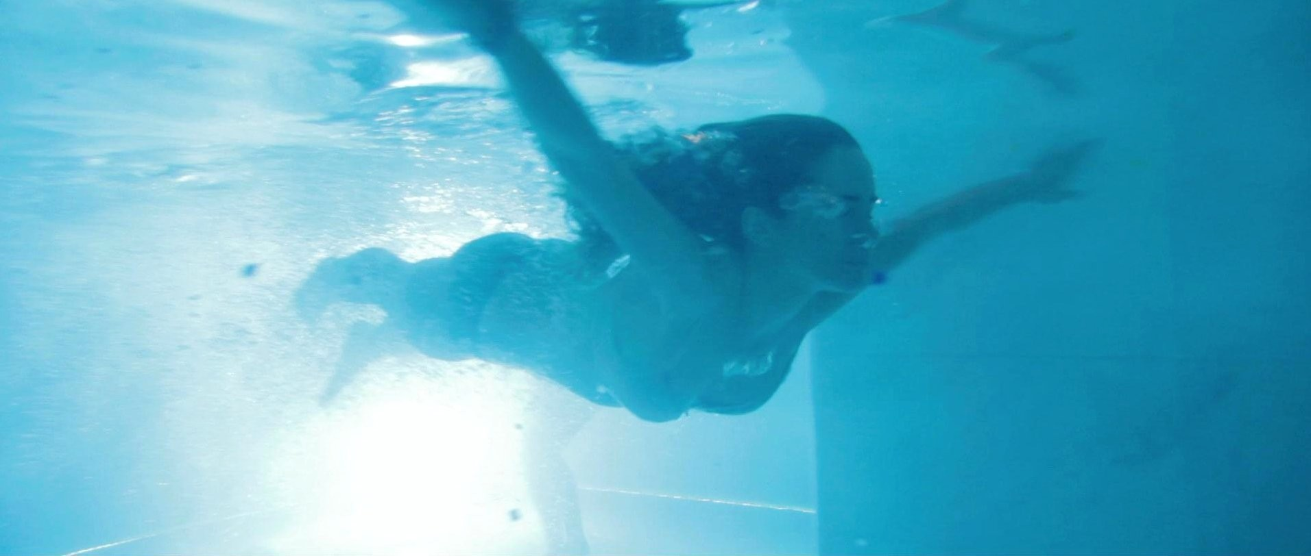 Alicia Sanz pillada desnuda