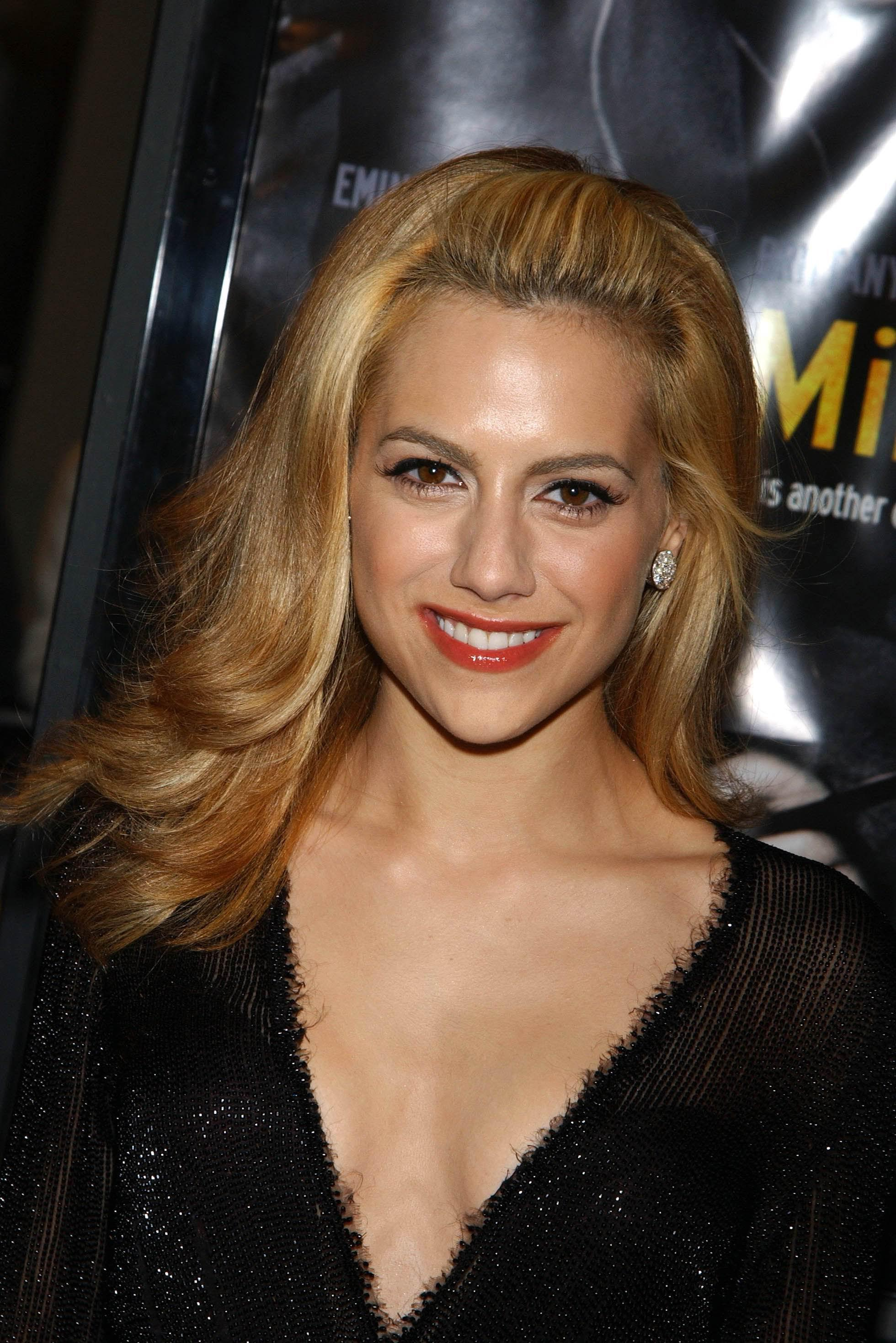 Brittany Murphy desnuda video