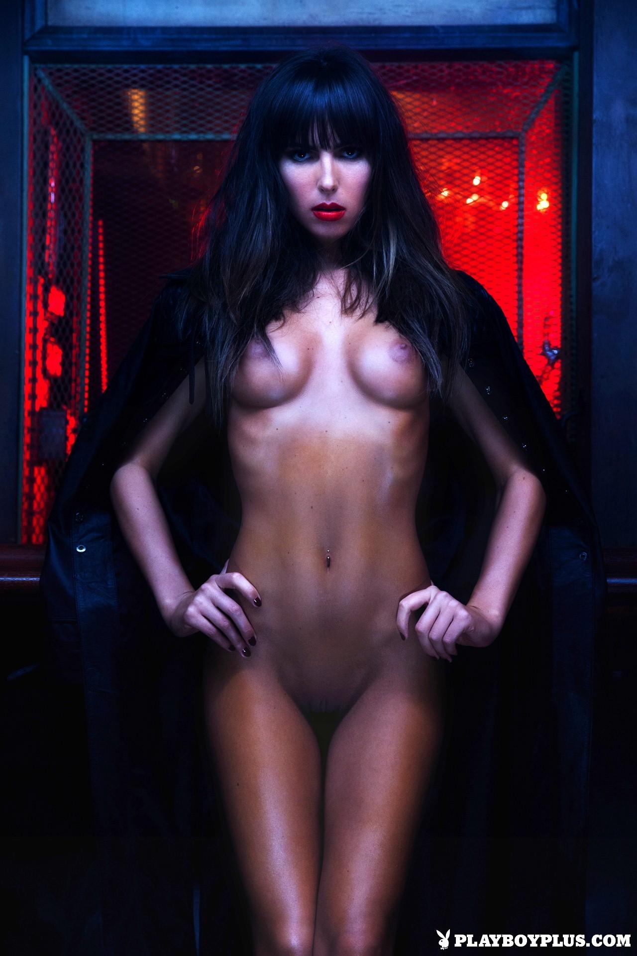 Brittny Ward desnuda porno 1