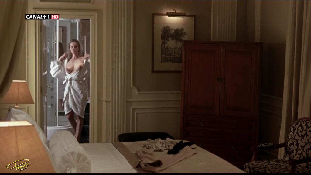 Carolina Bang imagenes desnuda