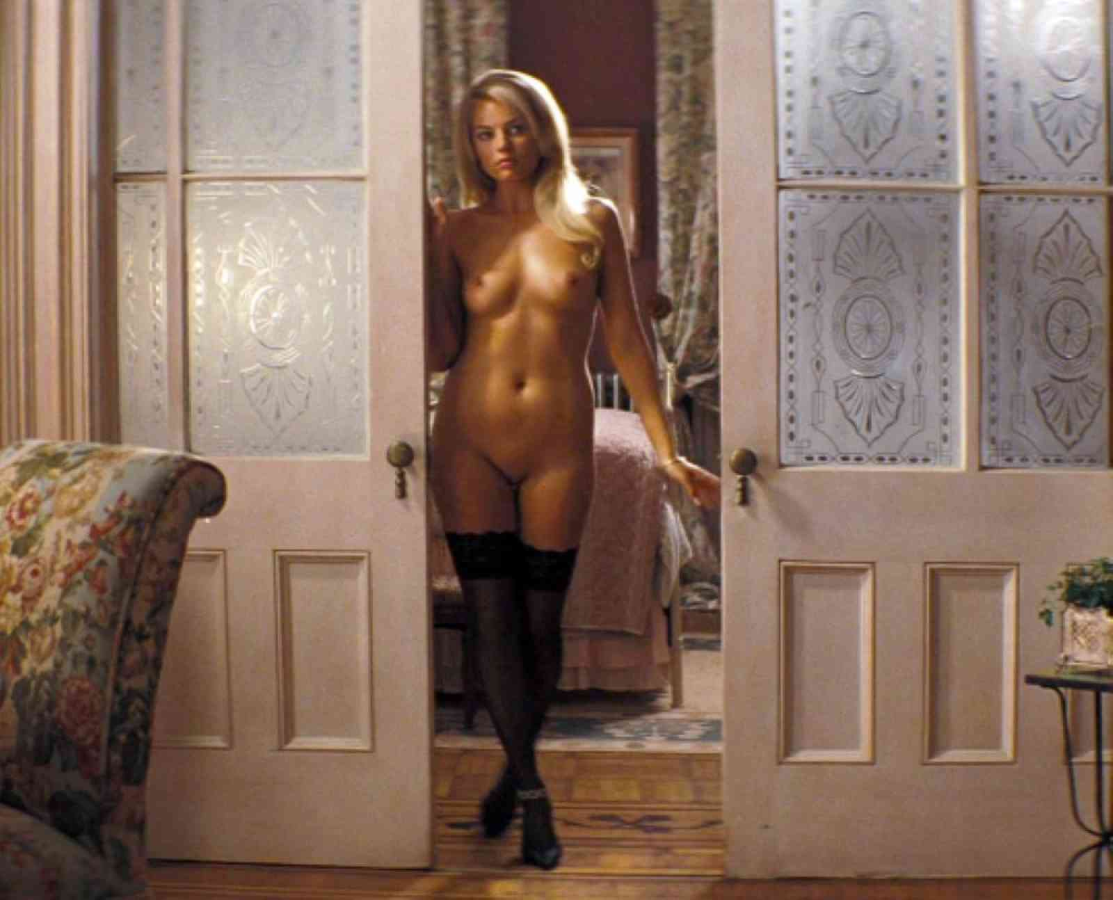 Margot Robbie desnuda follando 1