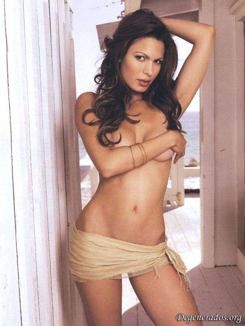 Nadine Velazquez desnuda porno