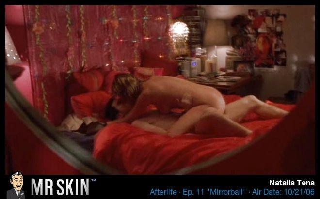 Natalia Tena desnuda follando