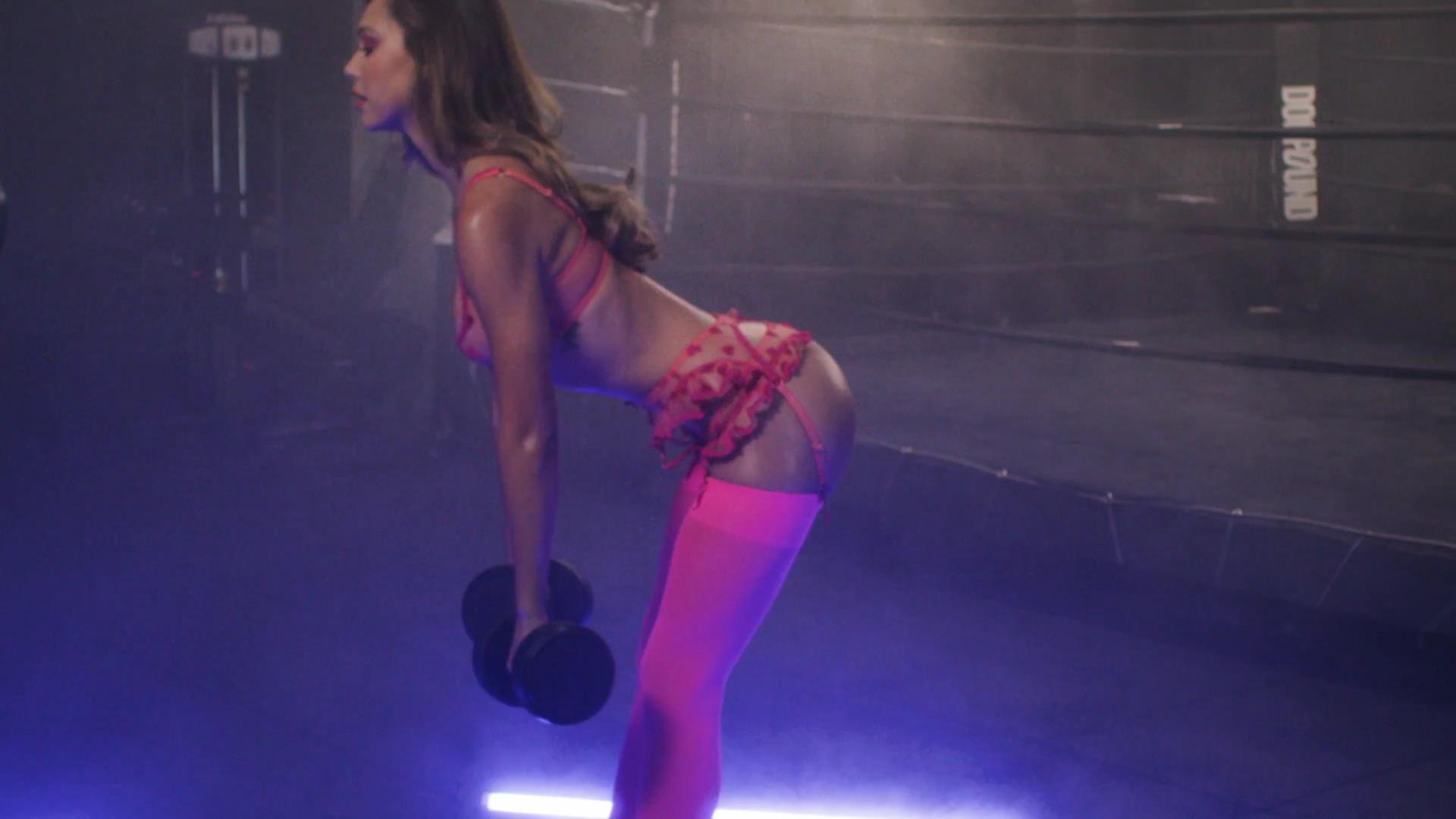 desnuda Alexis Ren 1