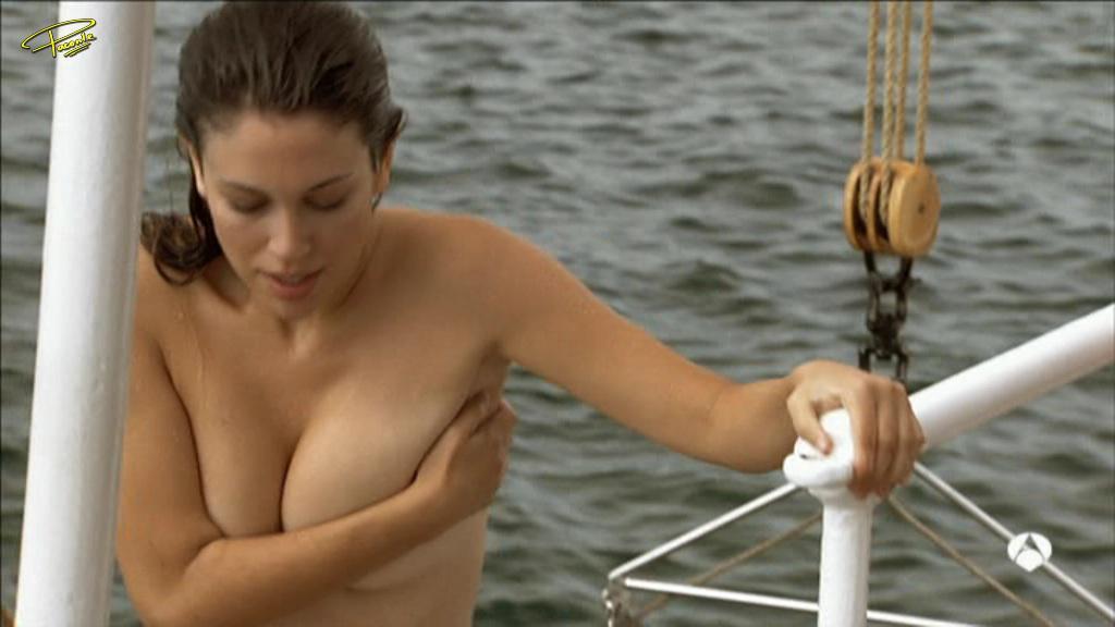 Blanca Suarez desnuda tetas