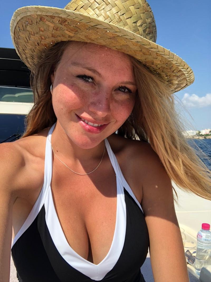 Esmeralda Moya fotos filtradas desnuda