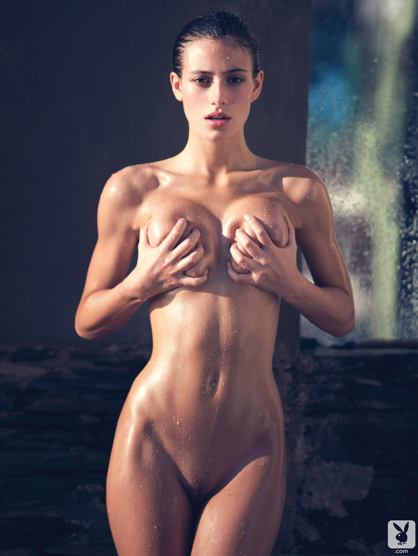 Alejandra Guilmant desnudas follando