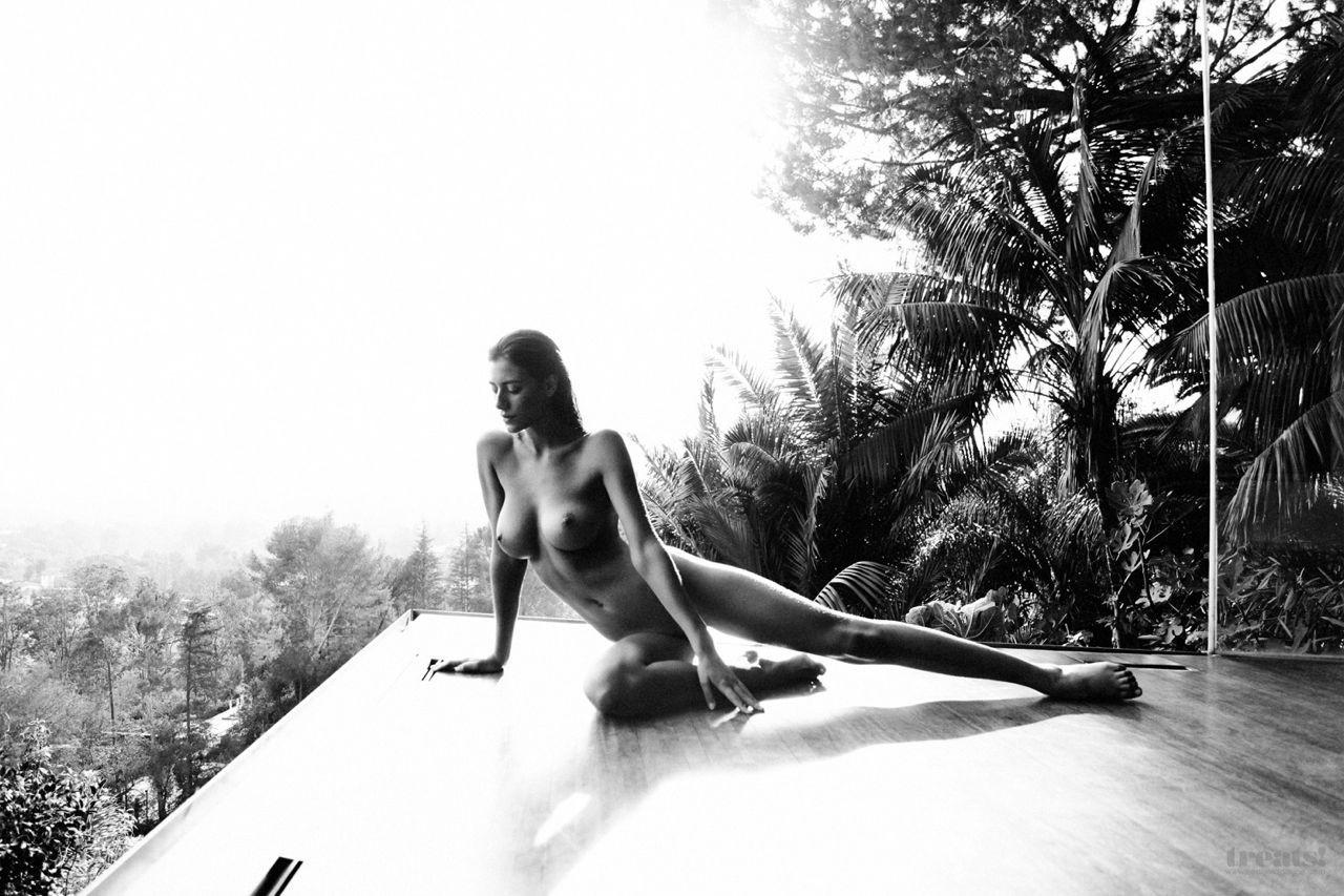 Alejandra Guilmant desnudo