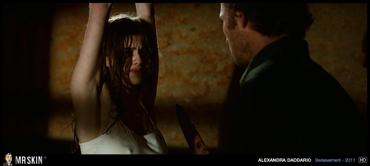Alexandra Daddario vídeos famosas 1