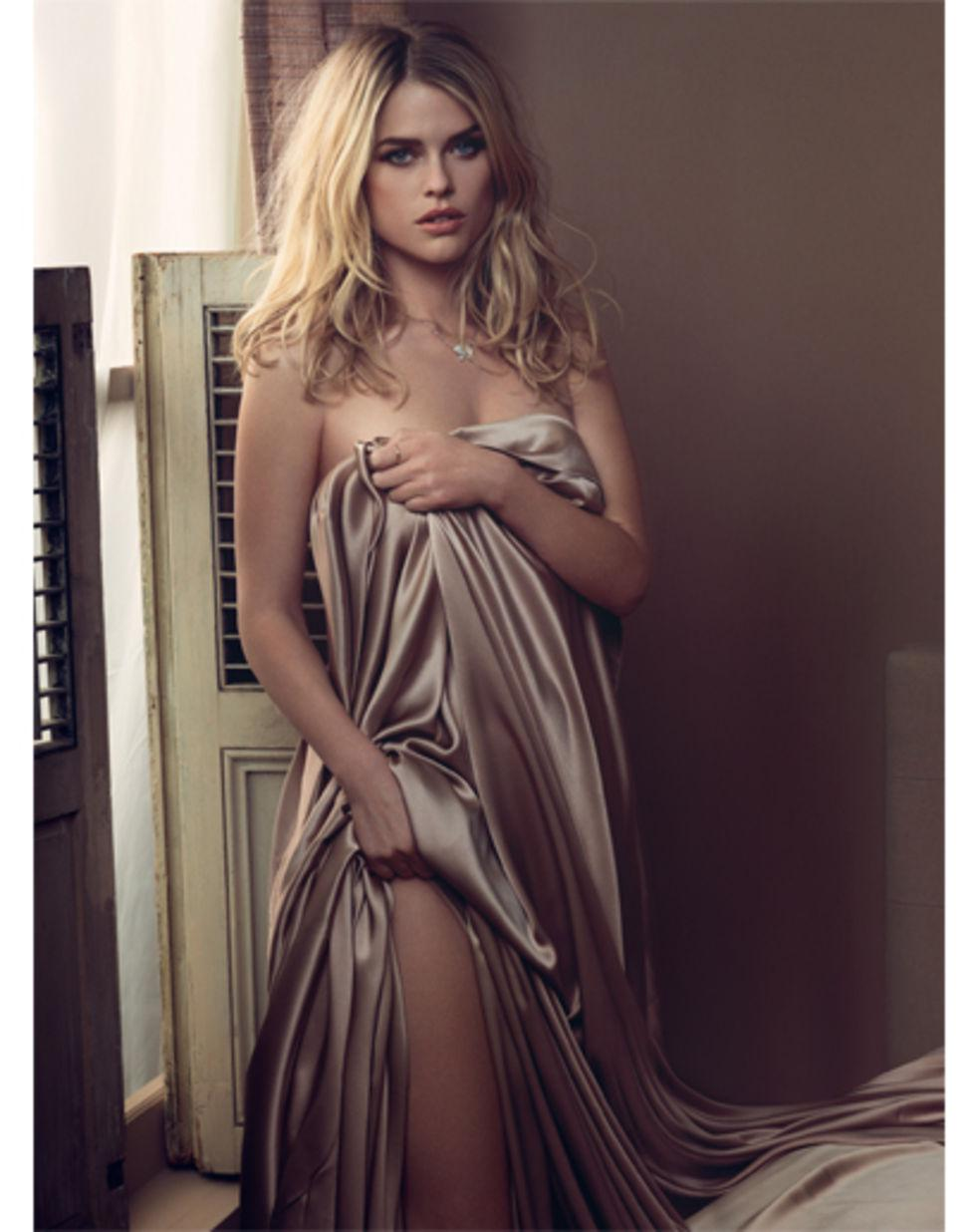 Alice Eve real