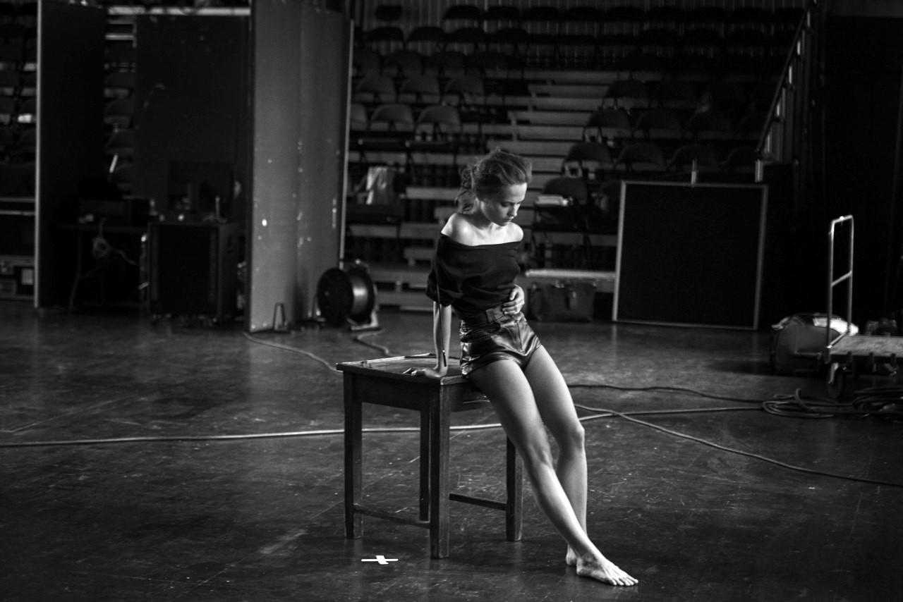 Alicia Vikander desnudarse