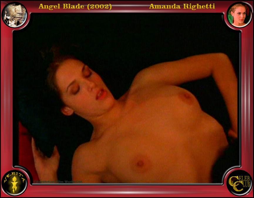 Amanda Righetti desnuda gratis