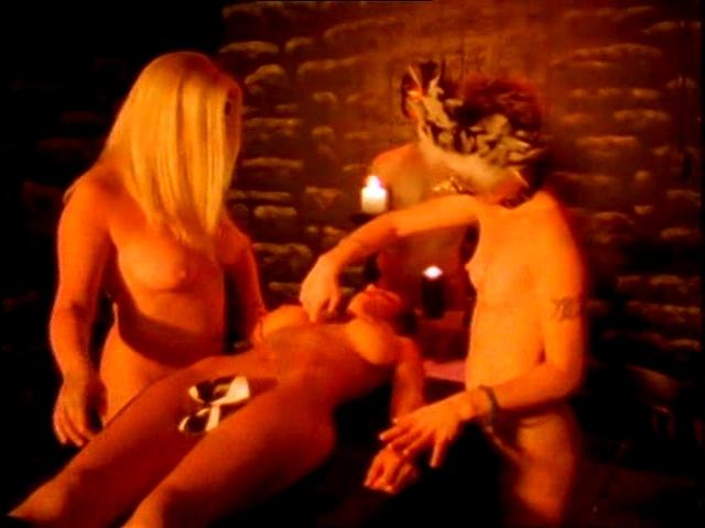 Amanda Righetti desnuda película