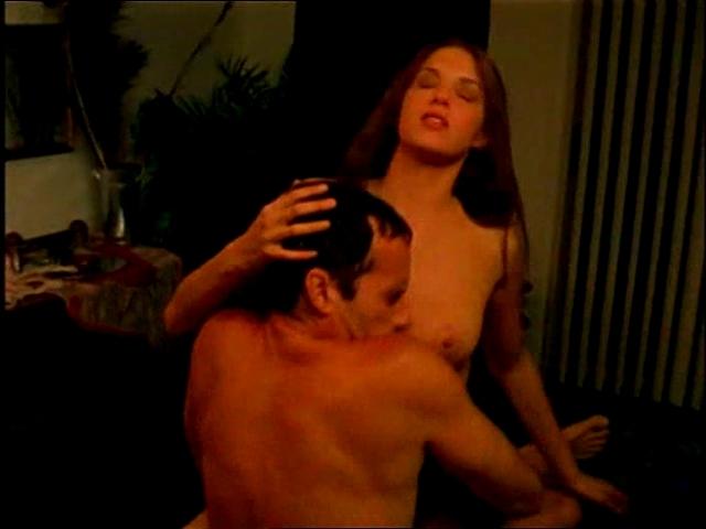 Amanda Righetti lesbianas