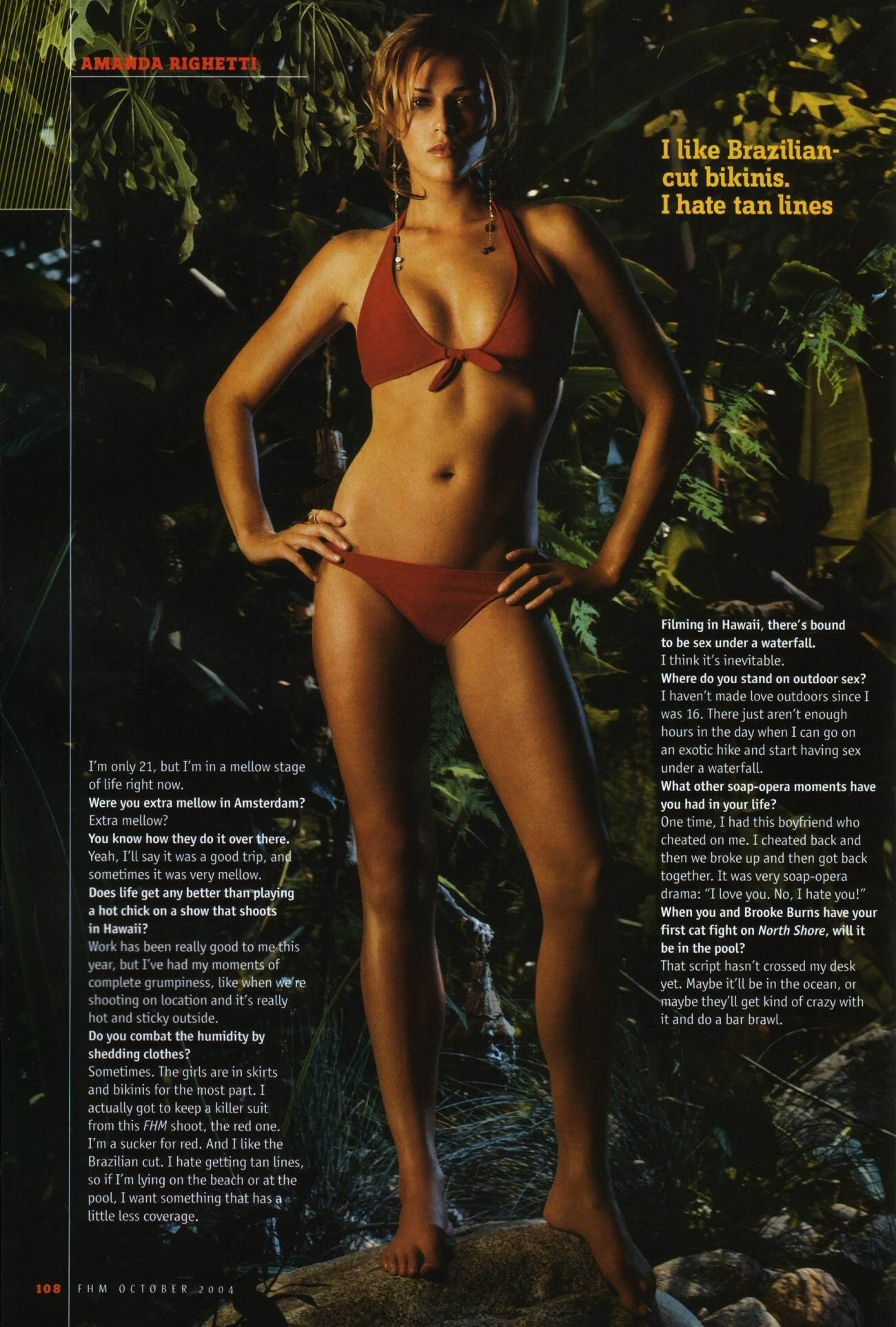Amanda Righetti pillada desnuda