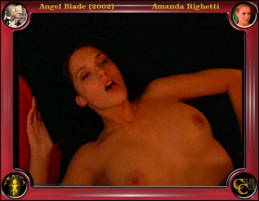 Amanda Righetti serviporno