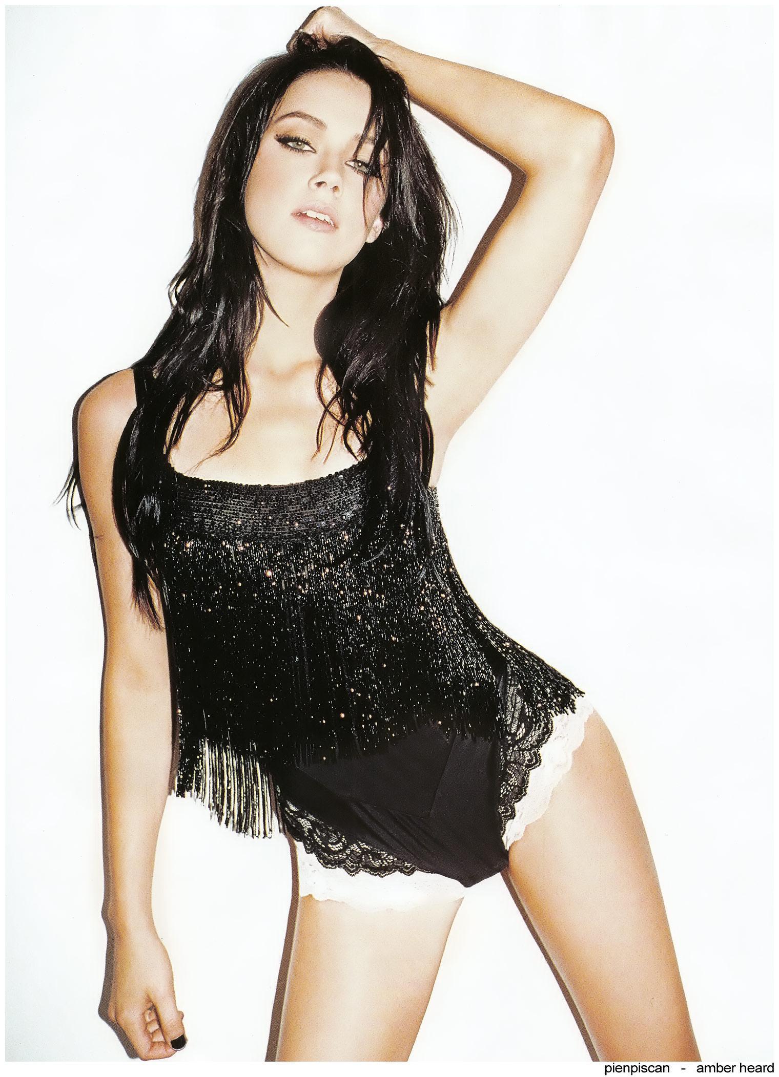 Amber Heard fotos famosas desnudas