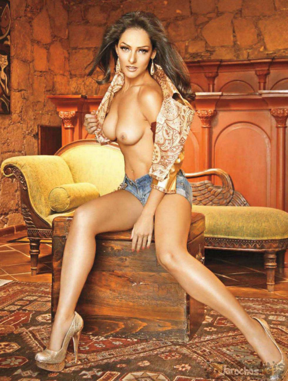 Andrea Garcia coño 2