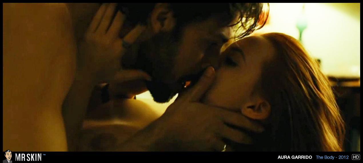 Aura Garrido desnuda película