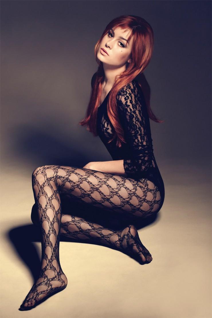 Brie Larson cachando