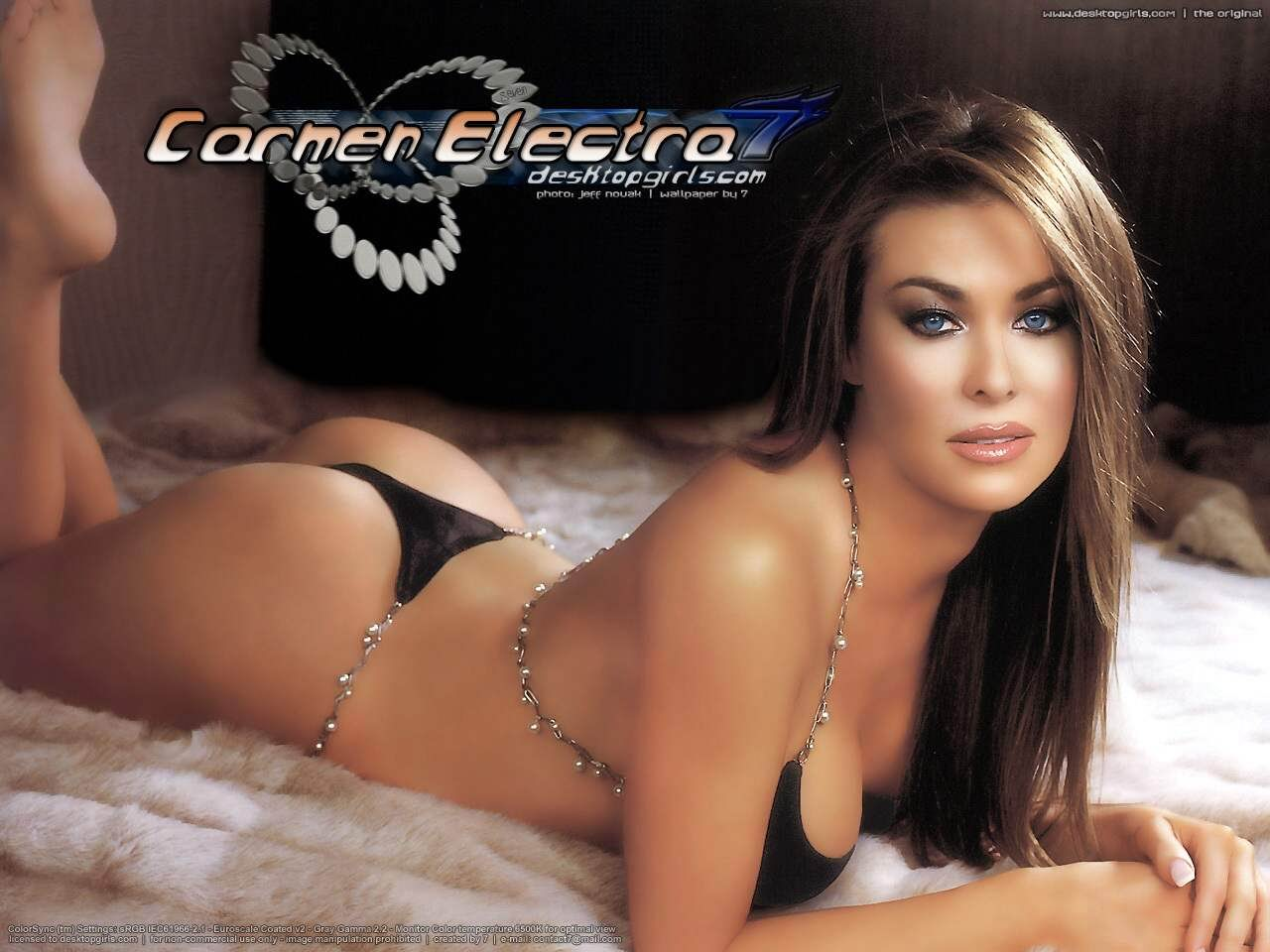 Carmen Electra bella