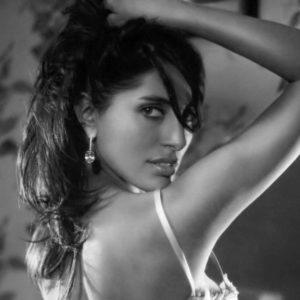 (18+) Filtran fotos de Caterina Murino DESNUDA