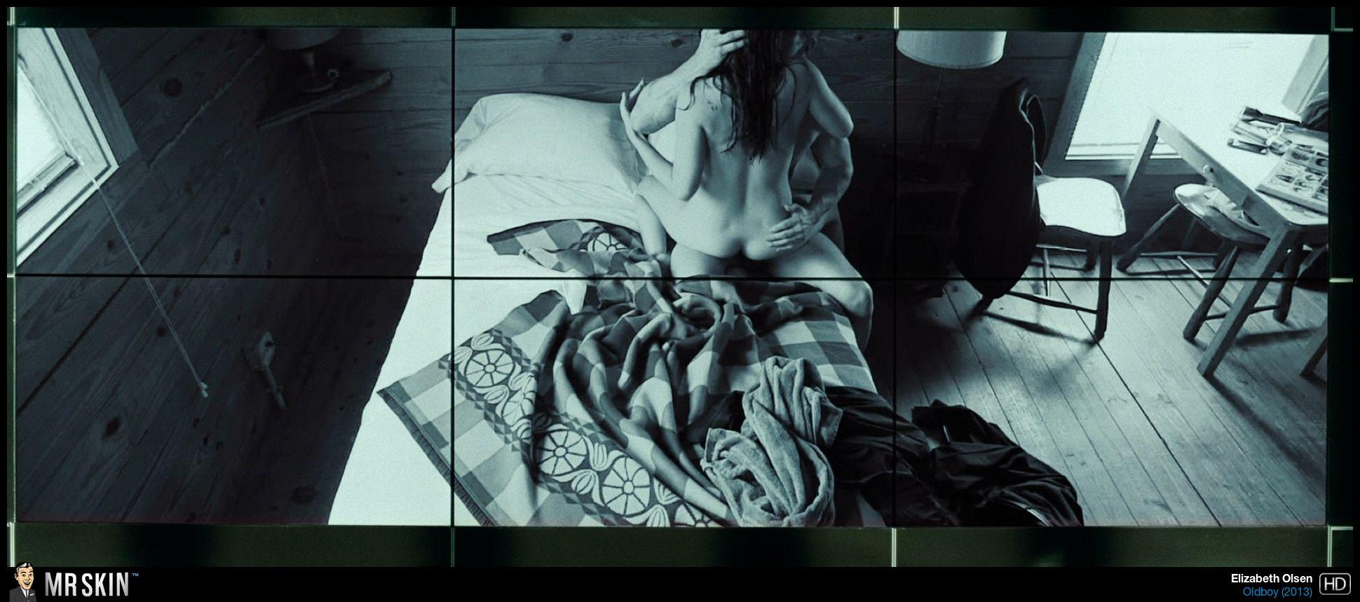 Elizabeth Olsen anal