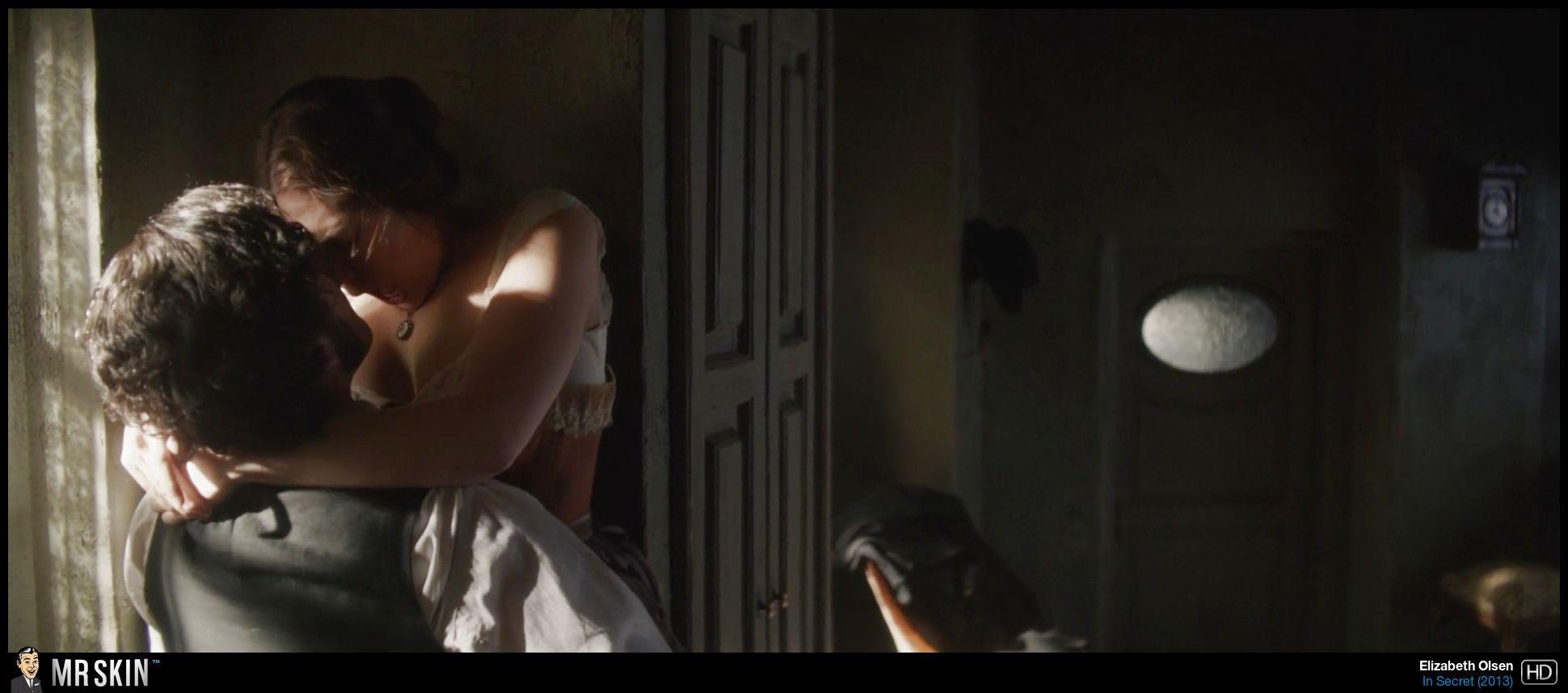 Elizabeth Olsen desnudas